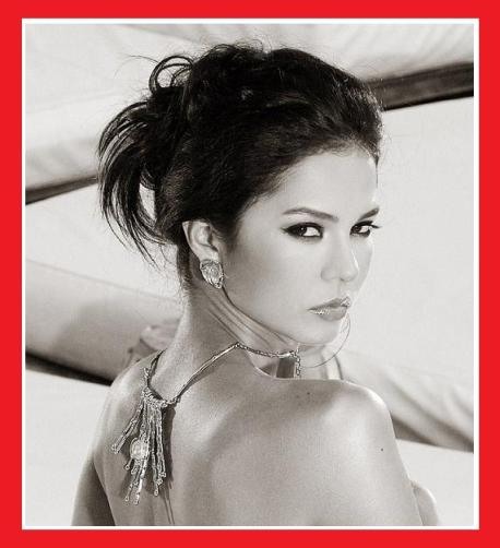 Modeling shot of Miss Earth 2003 Dania Prince (image sourced from gallerysocial.mihhonduras.maslarevista.com)