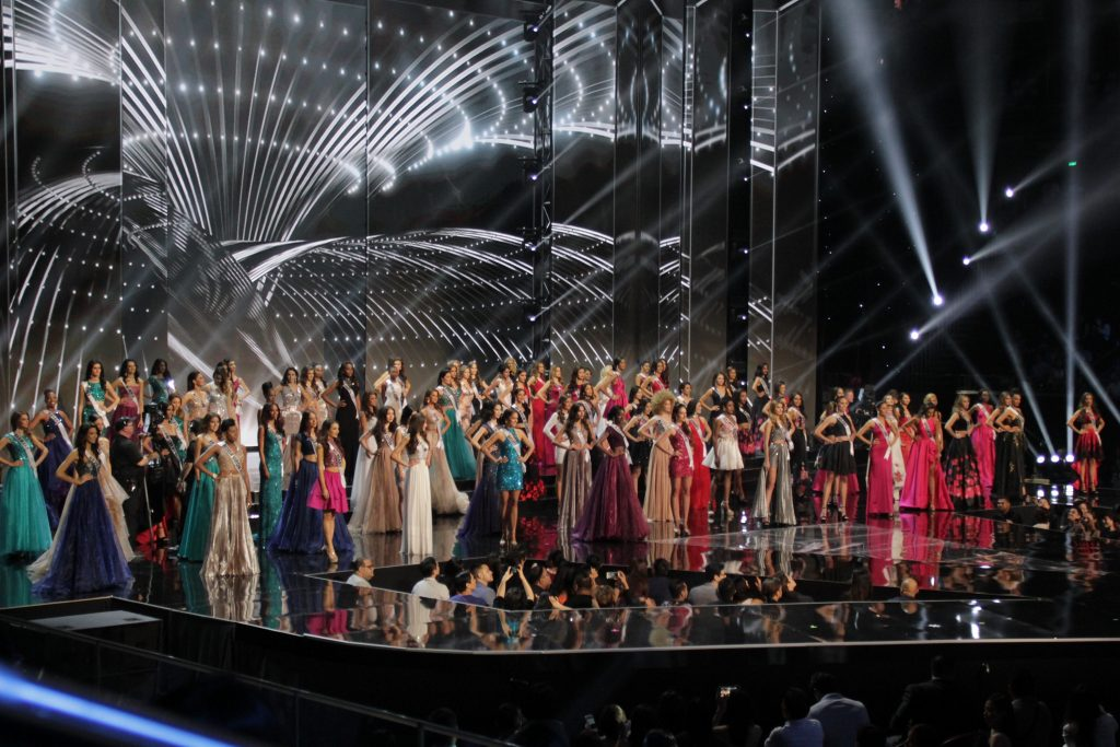 65th-miss-universe-group-shot-1024x683